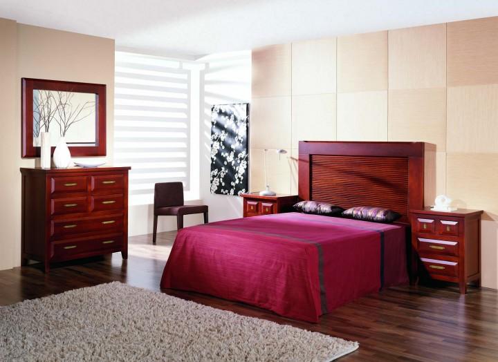 Dormitorio de estilo colonial en pino macizo