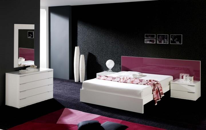 Dormitorio matrimonio blanco, cristal varios colores.