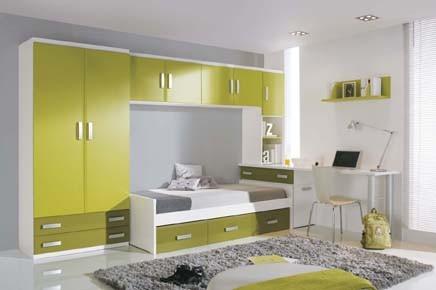 Dormitorio juvenil en pino, disponible en varios colores.